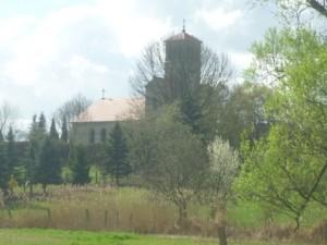 Lindenallee klein Wuthenower Kirche 544