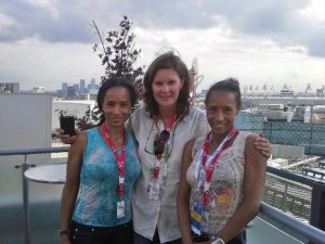 Ulrike Meyfarth klein 2012 London Yvonne und Yvette 269744_10150960925821261_103139858_n