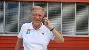 Olaf Brockmann Porträt mit Telefon