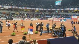 Yvette zwölf Spanovic allein nach #Sieg