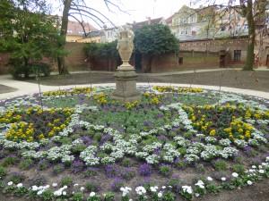 Tempelgarten fünf