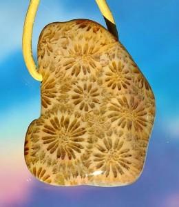 Korallen-Achat drei