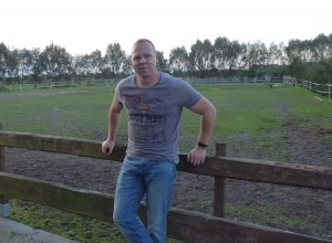 Ronny Ostwald Porträt fünf